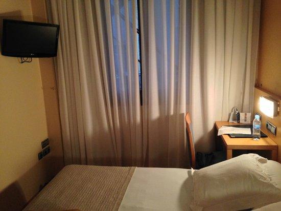 Hotel Blue Marques de San Esteban: HABITACIÓN