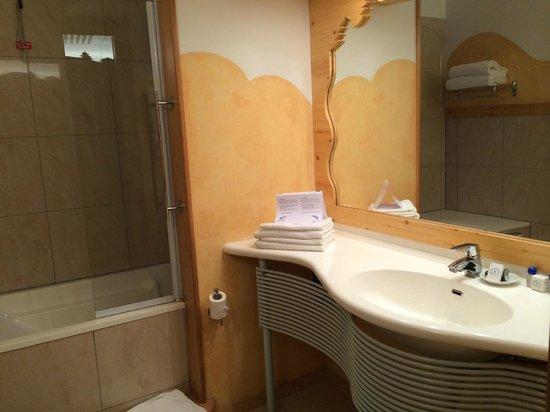 Hotel Rive: Sink area