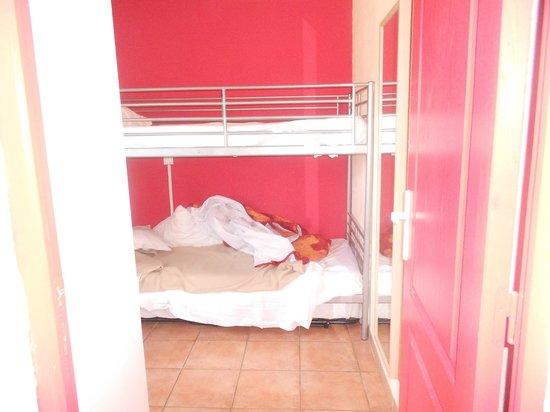 Hotel Revotel : Chambre suite..