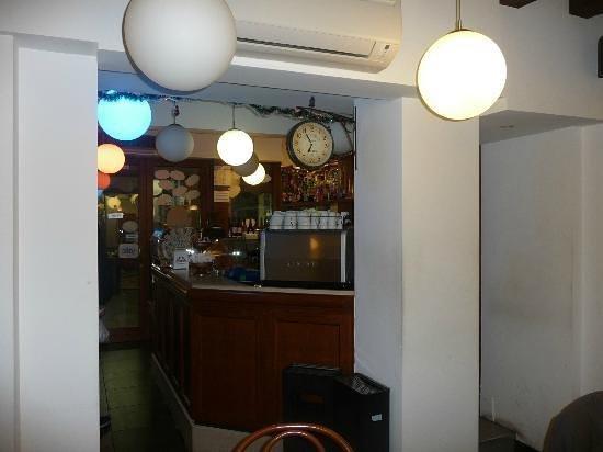 Crazy Bar: getlstd_property_photo