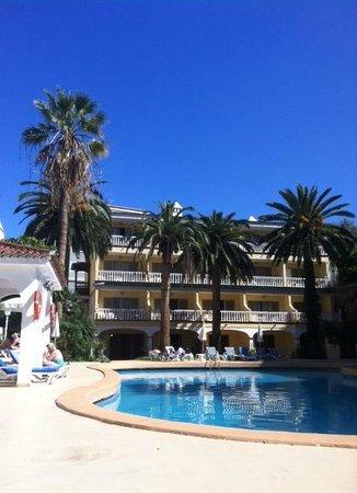 Hotel RF San Borondon : Poolbereich