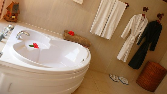 Victoria Phan Thiet Beach Resort & Spa: Salle de bain