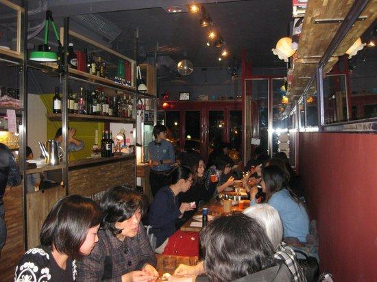 Meowvelous Cafe & Restaurant