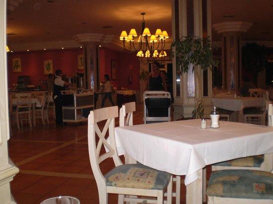 Hotel Royal Suite: Ristorante