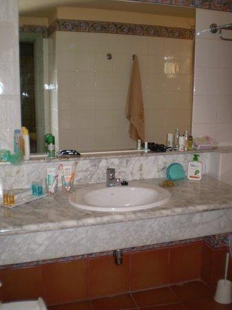 Hotel Royal Suite: Bagno
