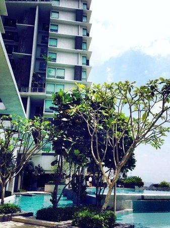 Swiss-Garden Hotel : piscina 6 piano swiss garden Hotel