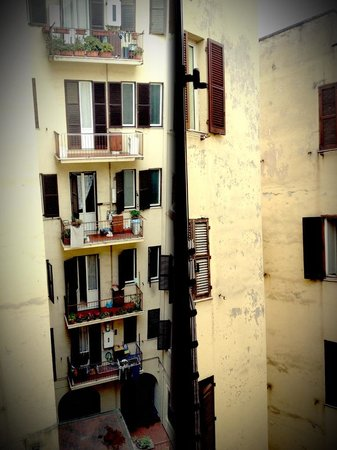 Eterna Roma: View from the kitchen