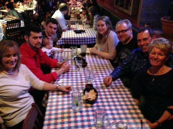 Lone Star Texas Grill : Family and friends..