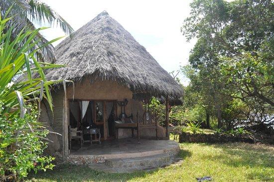 The Sands At Chale Island: Внутренний дворик у бунгало - банда