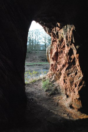Lacy's Caves: Cave to river Eden