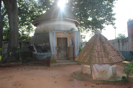 Ouidah, Benin: Inner Courtyard