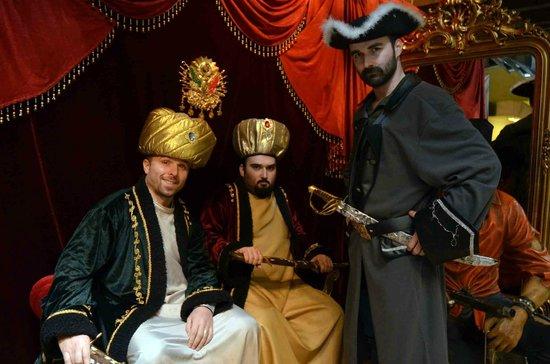 Pirates of Istanbul: Pirates Photo Studio