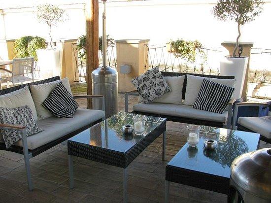 Albergo Cesari: seats on the roof terrace