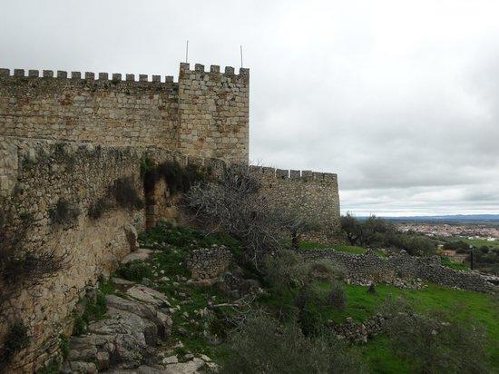 Castillo de Trujillo (Trujillo Castle) : El castillo por fuera