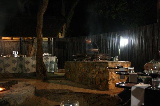 Moditlo River Lodge: safari
