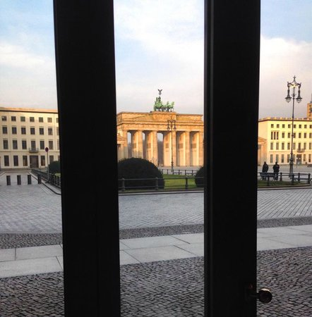 Hotel Adlon Kempinski: Breakfast view
