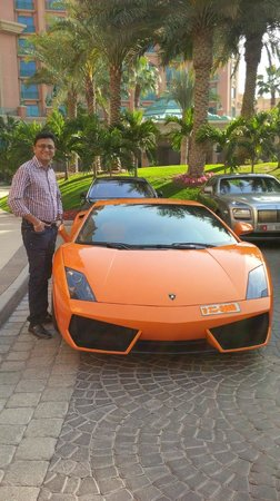 Atlantis, The Palm: car lovers paradise in hotel parking ;)