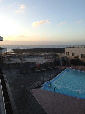 Geranios Suites & Spa : panorama dal nostro terrazzo al risveglio