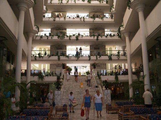 Guayarmina Princess Hotel : Atrium