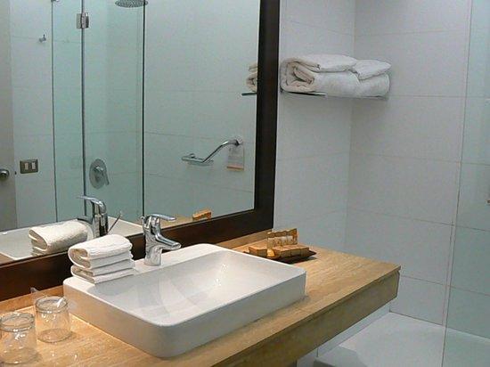 Foresta Hotel Lima: bathroom