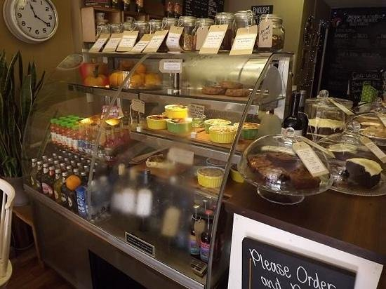 Fortify Cafe: Excellent choice of vegan foods