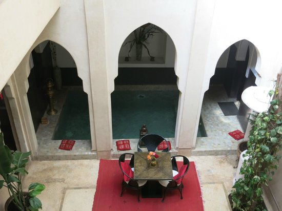 Riad Diana: A view of the ground floor courtyard from our suite