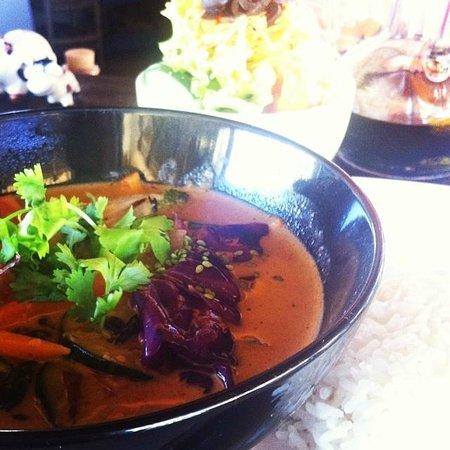 VacaBar: Red Thai Curry