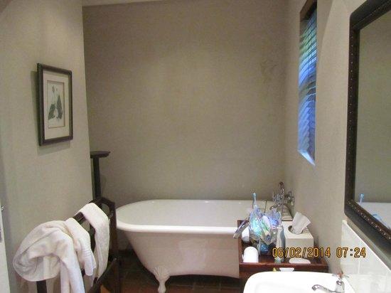 De Doornkraal Historic Country House Boutique Hotel: Bathroom