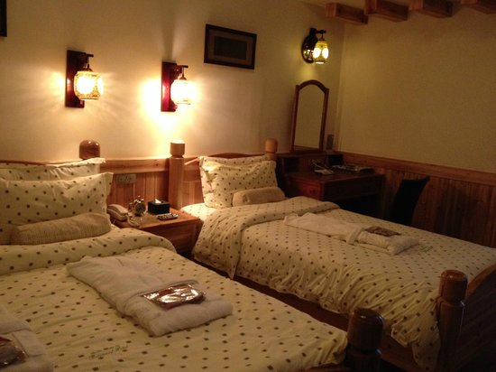 Rosewood Hotel: room