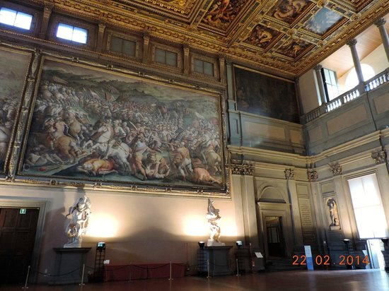 Palazzo Vecchio: High ceilings & murals