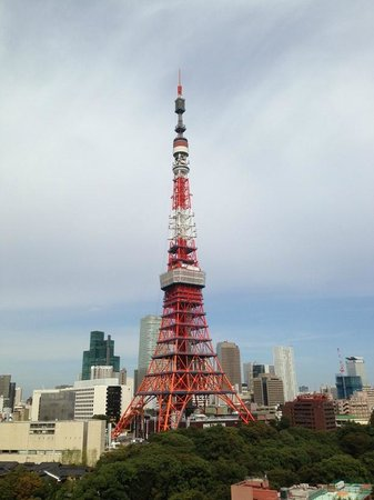 The Prince Park Tower Tokyo: ベランダからの東京タワー