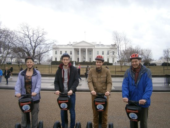 City Segway Tours DC : Dropping by the White House!