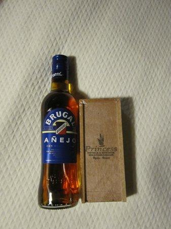 Punta Cana Princess All Suites Resort & Spa: rum and cigars