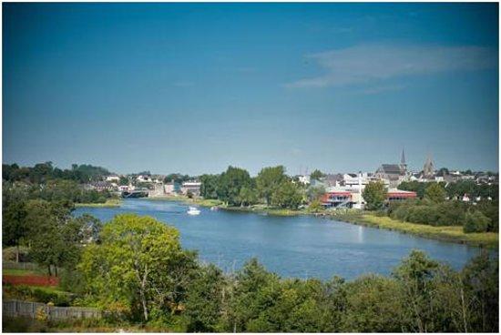 Westville Watersedge Apartments: View over Lough