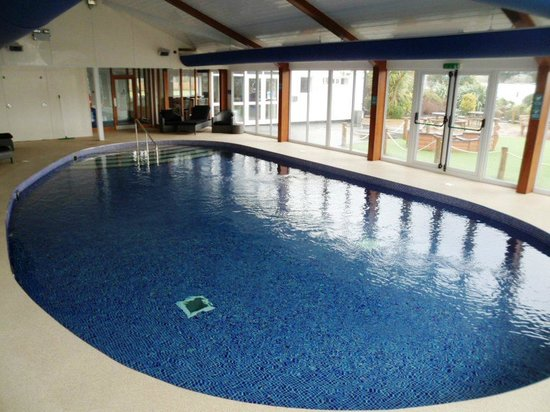 Par Sands Coastal Holiday Park : Lovely new swimming pool