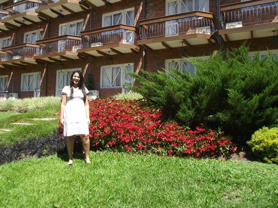 Hotel Alpestre: jardim
