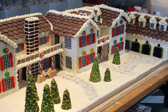 Relish: Custom-made gingerbread house