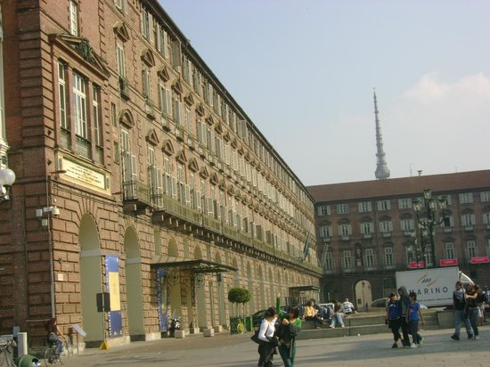Piazza Castello: the right side of Palazzo Reale