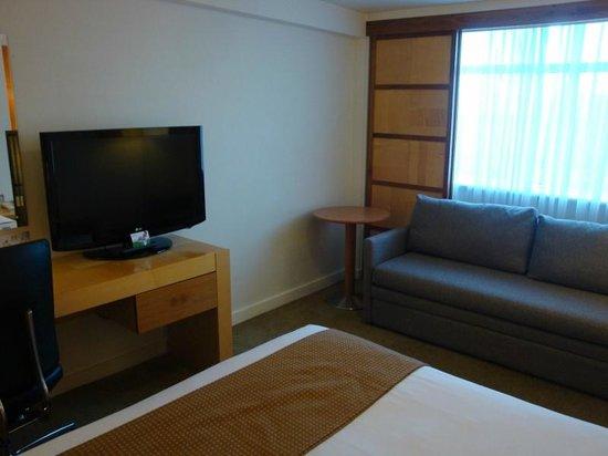 Holiday Inn York: Our bedroom