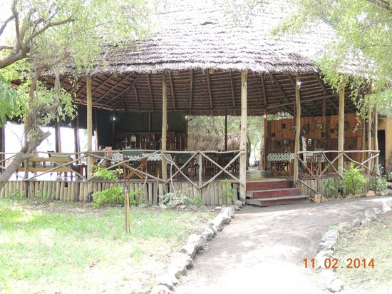 Natron River Camp: Restaurant