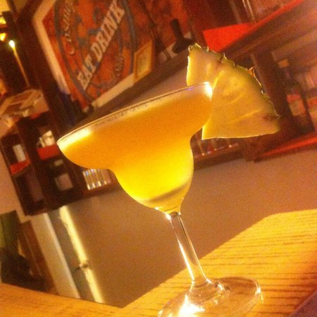 COSMOPOLITAN, Eat & Drink, World Stile: Cocktail Tequila gold
