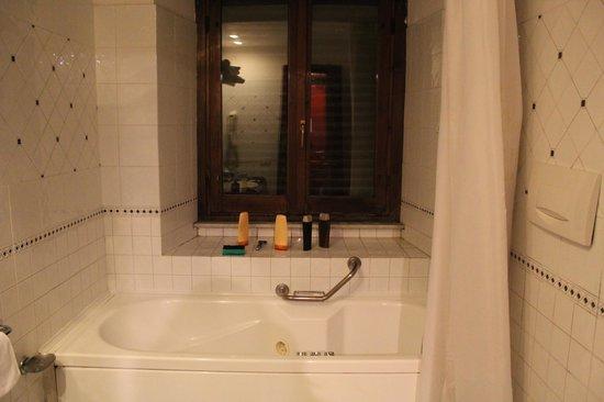 Atlante Garden Hotel: Ванная комната