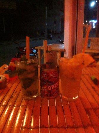 COSMOPOLITAN, Eat & Drink, World Stile: Cocktails Tajito & Passion