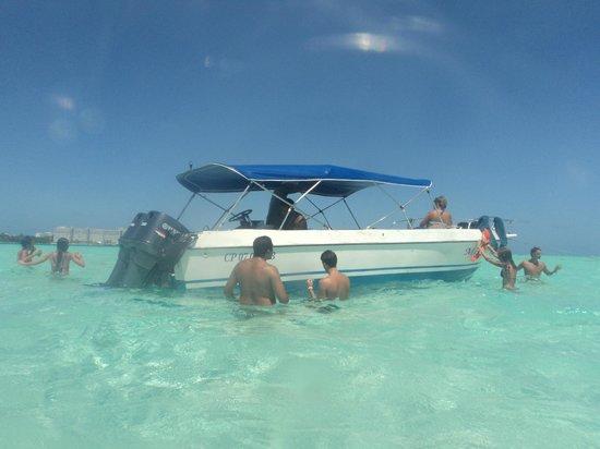 Sol Caribe San Andres: Aguas blancas paseo y bar en agua