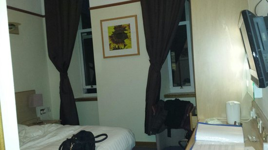 Devoncove Hotel: My room @Devoncove Glasgow
