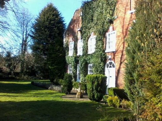 Best Western Dower House Hotel & Spa: Facinating frontage