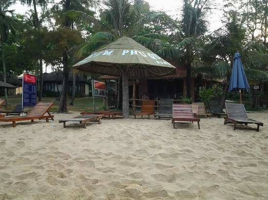 Phu Quoc Kim Bungalows On The Beach: Strandfoto