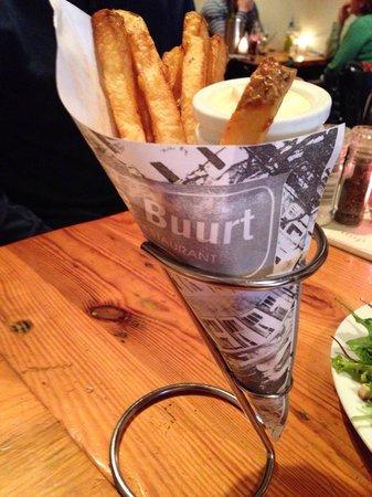 Cafe Restaurant In de Buurt: Tradicional batata fritas com maionese