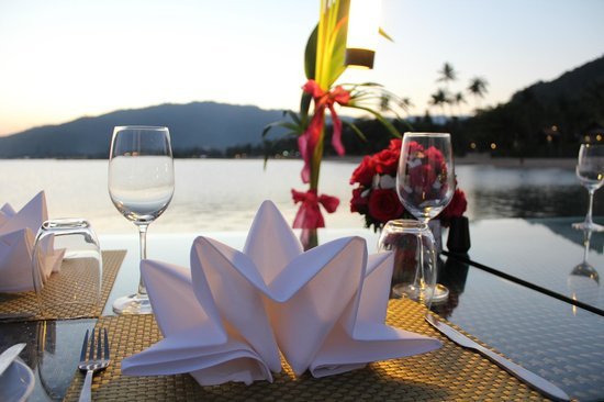 Le Meridien Koh Samui Resort & Spa: Dinner at the pier