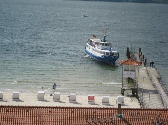 Strandhotel Glucksburg: Tag færgen til Flensburg på shopping.